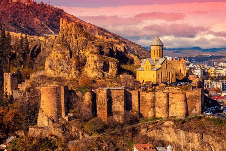 Тбилиси в июле: погода, отдых и развлечения — Экспертные советы и обзоры недвижимости на GEOLN.COM. Фото 8
